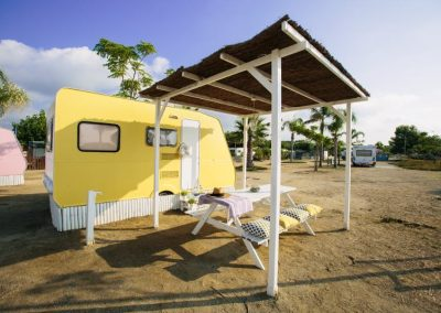 caravana-amarillo-vainilla-1