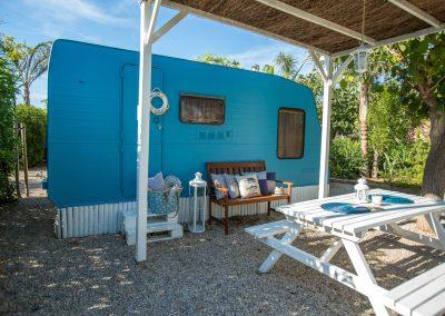 Exterior Caravana Azul Ancla